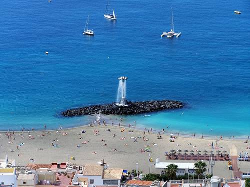 Los Cristianos Teneriffa Kanariansaaret source:http://www.flickr.com/photos/mike__lawrence/3376243485/